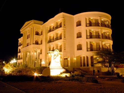 هتل های بی ستاره حریف پنج ستاره